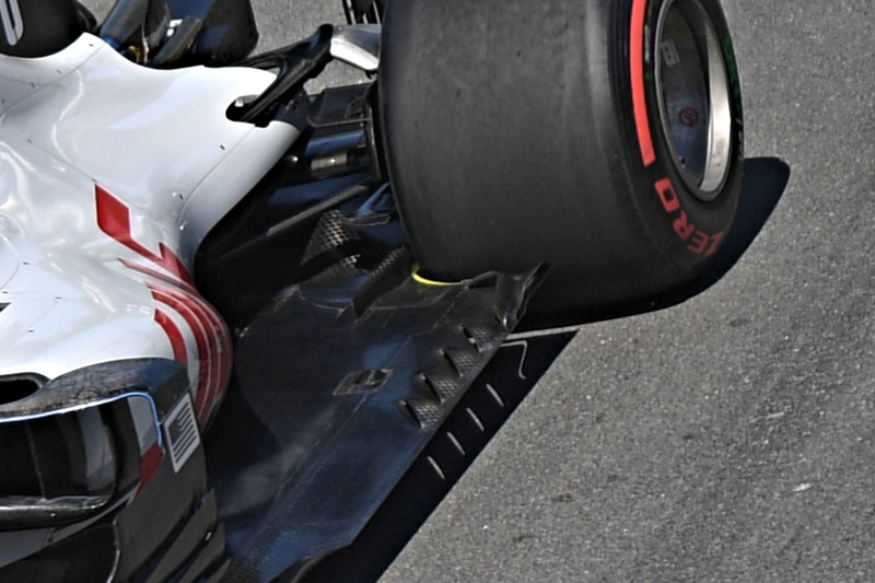 Haas F1 Team VF-18, vloer