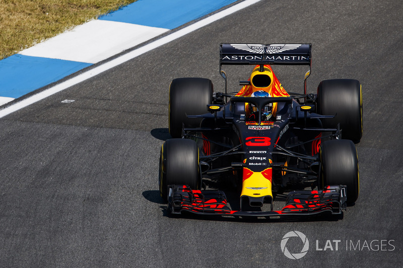 20: Daniel Ricciardo, Red Bull Racing RB14, no time (back of grid start due to engine penalties)