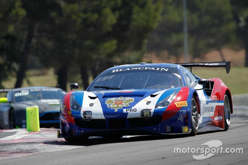 Ferrari 488 GT3 №72 команды SMP Racing: Михаил Алешин, Давиде Ригон, Мигель Молина