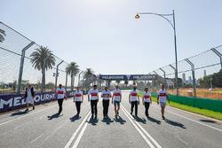 Track walk with Marcus Ericsson, Sauber