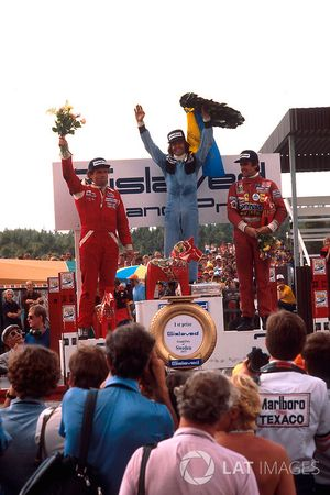 Подиум: победитель Жак Лаффит, Ligier, второе место – Йохен Масс, McLaren, третье место – Карлос Рей