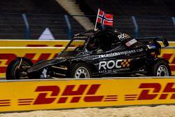 Petter Solberg del Team Nordic alla guida della ROC Car