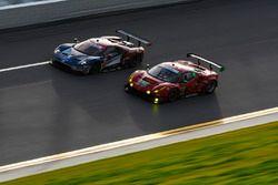 #66 Chip Ganassi Racing Ford GT, GTLM: Dirk Müller, Joey Hand, Sébastien Bourdais, #82 Risi Competiz