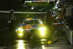 #75 SunEnergy1 Racing Mercedes AMG GT3, GTD: Mikael Grenier, Kenny Habul, Thomas Jäger, Maro Engel, pit stop