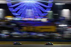 #59 Manthey Racing Porsche 911 GT3 R, GTD: Steve Smith, Harald Proczyk, Sven Muller, Matteo Cairoli, Randy Walls