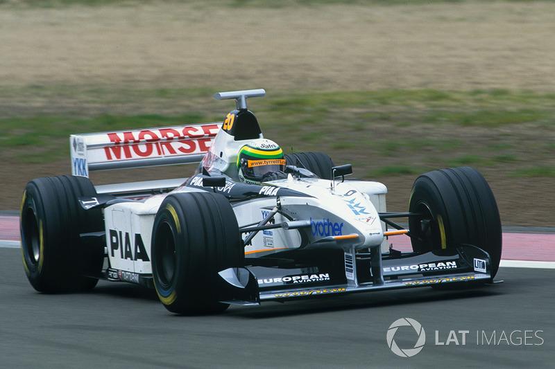"<img src=""https://cdn-0.motorsport.com/static/img/cfp/0/0/0/0/30/s3/brazil-2.jpg"" alt="""" width=""20"" height=""12"" />Рикардо Россет, Tyrrell (0 очков)"