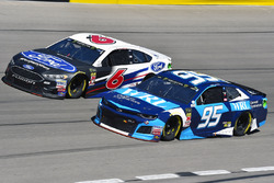 Kasey Kahne, Leavine Family Racing, Chevrolet Camaro Procore e Trevor Bayne, Roush Fenway Racing, Ford Fusion Ford