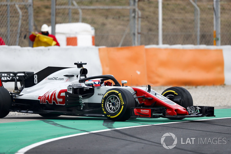 Romain Grosjean, Haas F1 Team VF-18, bloquea