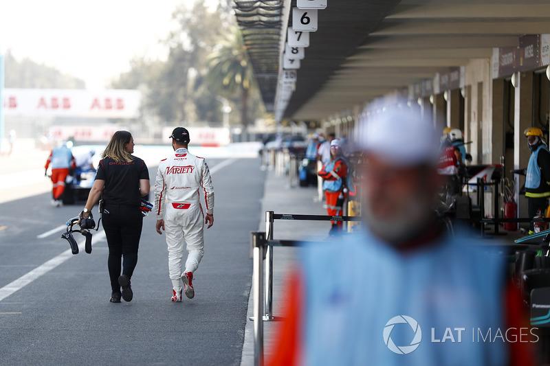 Jose Maria Lopez, Dragon Racing, walks down the pit lane