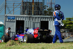 The car of Brendon Hartley, Scuderia Toro Rosso STR12 stopped on track in FP1