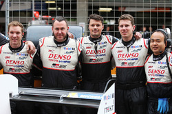 Toyota Gazoo Racing mekanikerleri