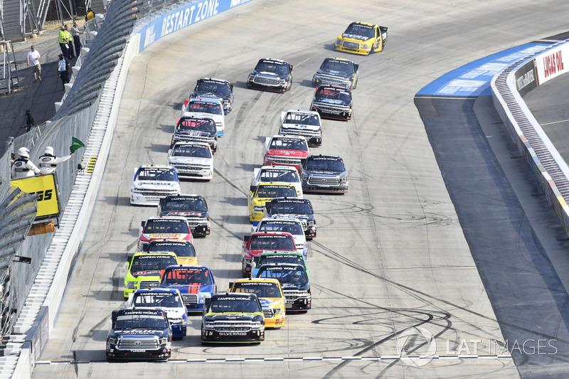 Noah Gragson, Kyle Busch Motorsports, Toyota Tundra Safelite, Justin Haley, GMS Racing, Chevrolet Silverado Fraternal Order Of Eagles