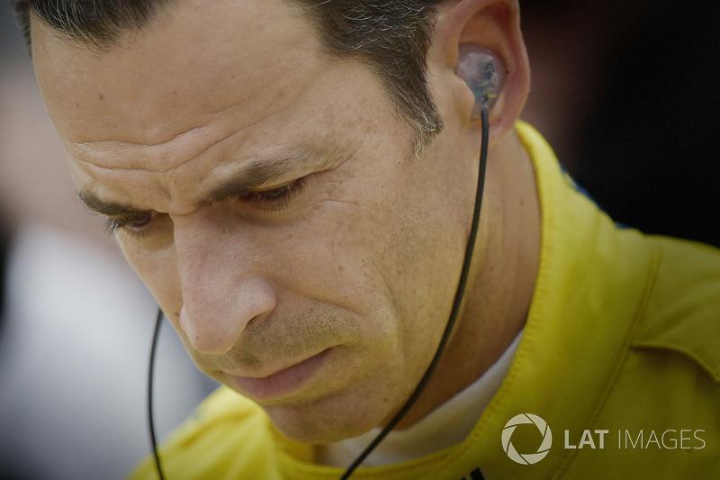№3: Элио Кастроневес, Team Penske Chevrolet (выступит только в двух гонках, включая Indy 500)