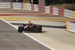 Сход: Макс Ферстаппен, Red Bull Racing RB14