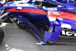 Scuderia Toro Rosso STR13, dettaglio dei deviatori di flusso