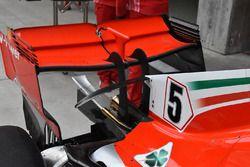 Vue détaillée de l'aileron arrière de la Ferrari SF71H