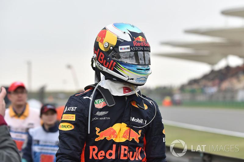 Daniel Ricciardo, Red Bull Racing si ferma in pista nelle FP3