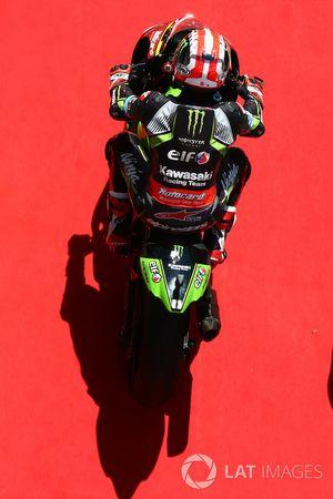 Jonathan Rea, Kawasaki Racing rides down the red carpet
