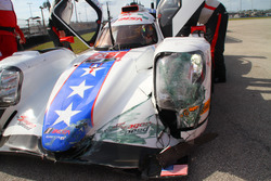 Crash, #81 DragonSpeed ORECA 07: Loic Duval
