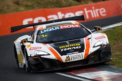 #1 Tekno Autosports / McLaren GT, McLaren 650s GT3: Alvaro Parente, Rob Bell, Co_me Ledogar