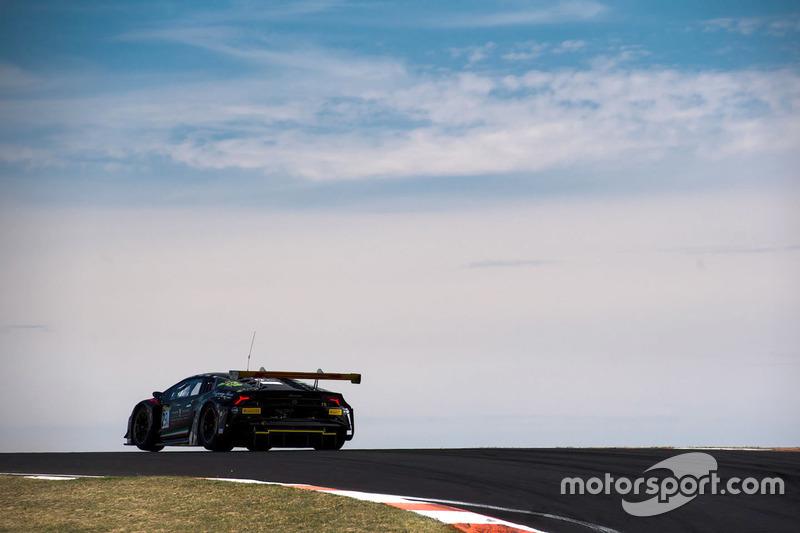 #29 Trofeo Motorsport, Lamborghini Hurricain GT3: Jim Manolis, Ryan Millier, Ivan Capelli, Dean Cant