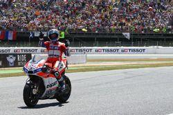 Andrea Dovizioso, Ducati Team celebrate