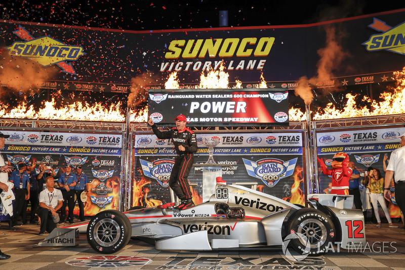 Техас: Пауэр выигрывает безумную гонку
