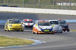 Daniel Borer, Renault Clio RS III, Ecurie Basilisk, und Denis Wolf, Renault Clio RS III, Racing Team Zäziwil