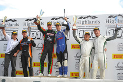 Podium: race winners Craig Baird, Michael Almond, second place Tony Quinn, Greg Murphy, third place George Miedecke, Andrew Miedecke