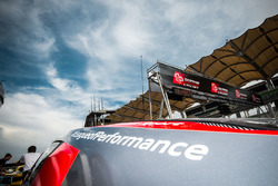 #15 Audi Sport Team Phoenix