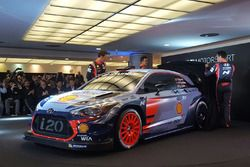 Hayden Paddon, Daniel Sordo, Thierry Neuville, Hyundai Motorsport unveil the 2017 Hyundai i20 Coupe WRC