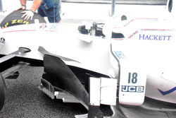 Williams FW40, side