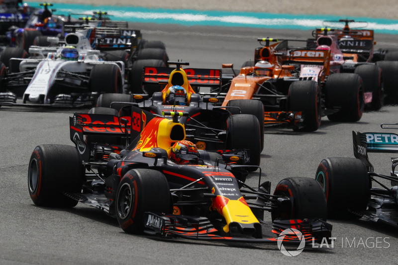 Max Verstappen, Red Bull Racing RB13, Daniel Ricciardo, Red Bull Racing RB13, Stoffel Vandoorne, McLaren MCL32, Sergio Perez, Sahara Force India F1 VJM10, Felipe Massa, Williams FW40