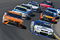 Daniel Suarez, Joe Gibbs Racing Toyota, Ty Dillon, Germain Racing Chevrolet