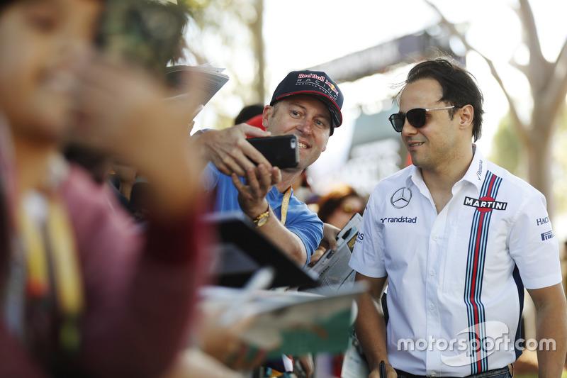 Felipe Massa, Williams, con fans