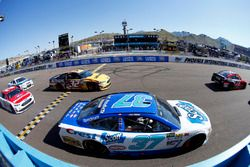 Chris Buescher, JTG Daugherty Racing Chevrolet and Matt DiBenedetto, Go Fas Racing Ford