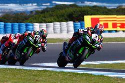 Jonathan Rea, Kawasaki Racing leads Tom Sykes, Kawasaki