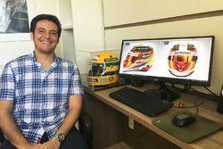Raí Caldato, ganador del concurso del diseño del casco de Lewis Hamilton