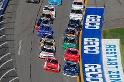 Райан Рид, Roush Fenway Racing Ford и Бреннан Пул, Chip Ganassi Racing Chevrolet