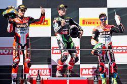 Podium : le vainqueur Jonathan Rea, Kawasaki Racing, le deuxième, Chaz Davies, Ducati Team, le troisième, Marco Melandri, Ducati Team