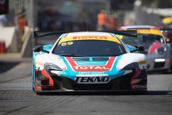 #59 McLaren 650S GT3: Fraser Ross, Côme Ledogar