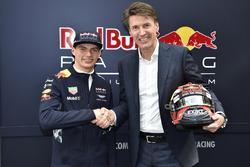 Max Verstappen, Red Bull racing con Erik van der Meijden, CEO de Exact