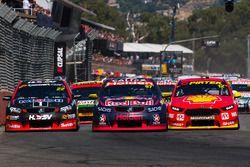 James Courtney, Holden Racing Team; Shane van Gisbergen, Triple Eight Race Engineering, Holden; Fabian Coulthard, Team Penske, Ford