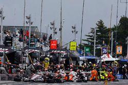 Boxenstopps: Will Power, Team Penske Chevrolet, Josef Newgarden, Team Penske Chevrolet, Helio Castro