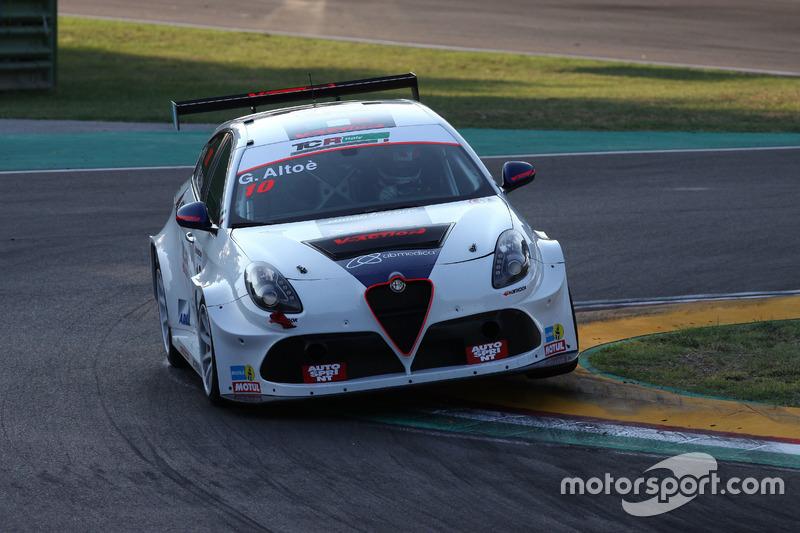 Giacomo Altoè, Alfa Romeo Giulietta TCR