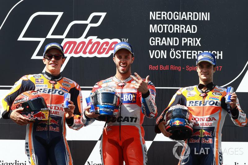 Podium: segundo, Marc Márquez, Repsol Honda Team, Ganador, Andrea Dovizioso, Ducati Team, tercero, D