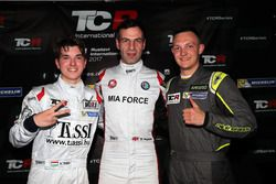 Pole positiion pour Davit Kajaia, GE-Force, Alfa Romeo Giulietta TCR, deuxième position pour Attila Tassi, M1RA, Honda Civic TCR, troisième place pour Ferenc Ficza, Zele Racing, SEAT León TCR