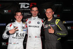 Pole positiion for Davit Kajaia, GE-Force, Alfa Romeo Giulietta TCR, second plce Attila Tassi, M1RA,