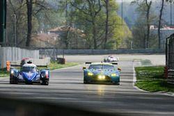 #36 Signatech, Alpine A470 Gibson: Gustavo Menezes, Romain Dumas, Matt Rao; #97 Aston Martin Racing,
