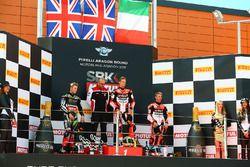 Podium: race winner Chaz Davies, Ducati Team, second place Jonathan Rea, Kawasaki Racing, third plac